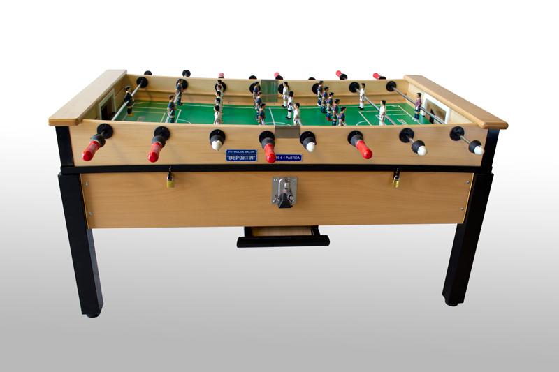 Futbol de mesa o futbolín, todo lo que necesitas saber sobre este juego de mesa.